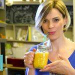 Drajeuri din pudră de turmeric şi afine, cu efect anticancerigen, inventate de o studentă