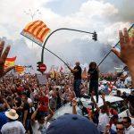 Șoferii spanioli de taxi protestează împotriva Uber