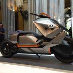 BMW prezintă scooter-ul viitorului