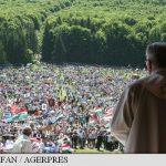 Peste 120.000 de persoane, unite în credință la marele pelerinaj de Rusaliile catolice de la Șumuleu Ciuc