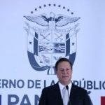 Panama rupe relațiile diplomatice cu Taiwanul și stabilește legături similare, la nivel de ambasadori, cu China