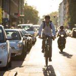 Beneficiile navetei pe bicicletă electrică