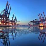 Doua treimi dintre firmele romanesti nu pot trimite bunuri in Europa Occidentala in mai putin de sase ore. Companii din vestul tarii prefera sa importe prin Hamburg
