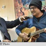VIRAL Un muzician indian a cântat la chitară în timp ce era operat pe creier