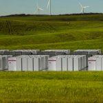 """Suspiciuni legate de """"Cea mai mare baterie din lume"""" de la Tesla"""