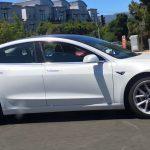 Tesla a livrat primele 30 de automobile electrice Model 3 angajaților companiei