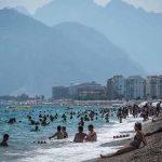 Turiștii ignoră avertizările de călătorie pentru Turcia