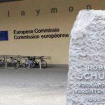 Comisia Europeană respinge ideea unei monede paralele, susținută de fostul premier italian Silvio Berlusconi