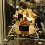 O replică din aur a modulului lunar din misiunea Apollo 11, furată dintr-un muzeu