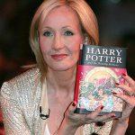 J.K. Rowling, pe primul loc în topul celor mai bine plătiți scriitori din lume