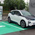 Vânzările de mașini electrice și hibride au depășit în România 1.230 de unități, în primele șapte luni