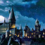 """Fanii seriei Harry Potter pot acum """"survola"""" Școala Hogwarts într-o nouă experiență digitală"""