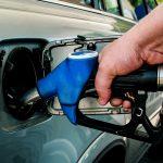 Atentie la benzinarii! Accizele la carburanți cresc cu 0,16 lei pe litru la toate cele trei categorii de combustibil, începând de azi, vineri 15.09.2017