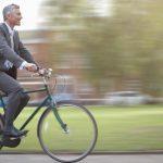 Deplasările constante cu bicicleta, la locul de muncă, de exemplu, au avantaje multiple