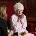 S-o credem sau nu, o bătrînică trăiește încă la 111 ani datorita unui pahar de wihisky servit seară de seară, spune ea.