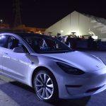 Tesla construiește o fabrică în China