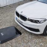 BMW va oferi încărcare wireless pentru hibridele plug-in