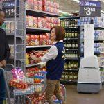 Wal-Mart folosește roboți pentru inventar