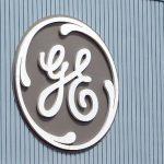 General Electric înjumătățește dividendele