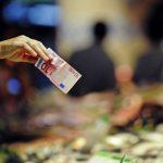 Impozitarea progresivă va forța economia României să devină competitivă prin calitate, ideea unui bancher