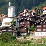 Un sat din Elveția oferă 70.000 de franci familiilor care vor să se mute acolo