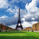 Franta introduce o suprataxare a profiturilor marilor companii, care poate ajunge pana la 43,3%, pentru a ramane in tinta de deficit bugetar