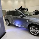 Uber comandă 24.000 de taxiuri robot de la Volvo