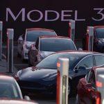 Tesla dezamăgește printr-o pierdere trimestrială uriașă