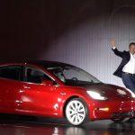 Deținătorii de rezervări pentru Model 3 dispuși să aștepte