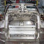 Tesla preia un constructor de echipamente automatizate de producție