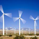Prețul electricității a crescut cu 38% față de vinerea trecută; turbinele eoliene nu mai produc, ci consumă energie