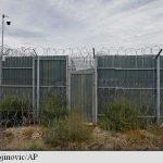 Statele baltice ridică la granița cu Rusia garduri împotriva migranților; Kremlinul le acuză de 'război psihologic'