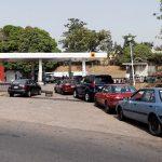 Nigerienii se plâng de lipsa benzinei