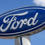 Ford o ia pe o cale riscantă