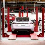 Proprietarii Tesla pot acum să programeze online vizitele la service
