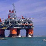 Trump vrea să dezvolte forajele petroliere