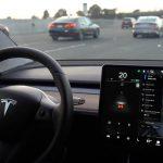 Tesla Model 3 va primi mai multe comenzi vocale