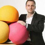 Un român și-a vândut cu 100 de milioane de euro srl-ul