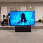 Fetița din filmul The Ring iese dintr-un televizor cu AR