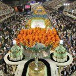Carnavalul de la Rio, cea mai mare sărbătoare populară de pe planetă, aduce orașului peste un miliard de dolari