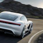 Porsche va renunța la diesel în favoarea electrificării