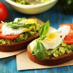 Idei pentru un mic dejun bogat în proteine care ne ajută să slăbim (2)