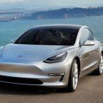Proprietarii de Tesla Model 3 beneficiază de programul de recomandare