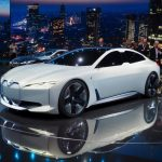 BMW confirmă că i4 va avea 700 km autonomie