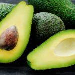 Cât de mult avocado este sănătos să consumăm într-o zi?